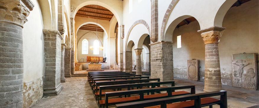 Beten in der Klosterkirche St. Vitus