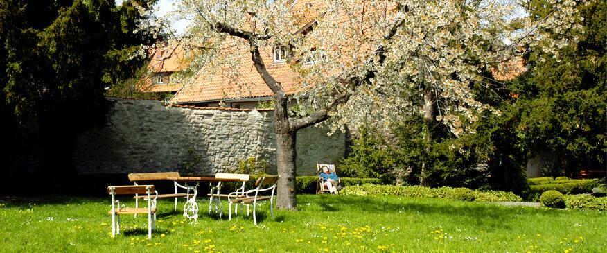 Entspannen im Garten der Äbtissinnen, Kloster Drübeck