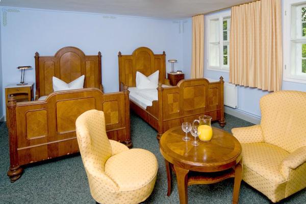 Äbtisinnenhaus, Blick in ein Zimmer, Kloster Drübeck